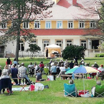 Picknick-Konzerte @ Haus Hülshoff (von Künstlern für Künstler)