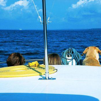 Locaboat Holidays – Hausbooturlaub mit Hund führerscheinfrei