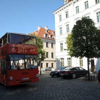 Stadtrundfahrt Dresden Hund dabei
