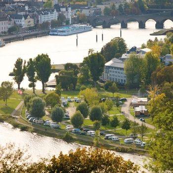 Camping an Rhein-Mosel mit Hund – KNAUS Campingpark Rhein-Mosel/Koblenz